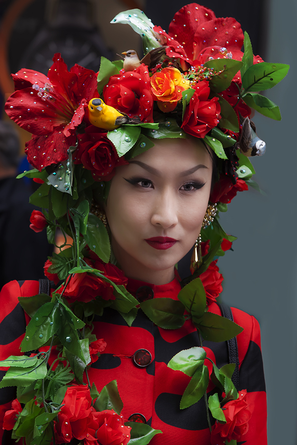Easter Parade NYC 4_1_2018 NYC Asian Woman Red flowers